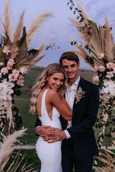 Seacliff House Gerringong Wedding - Gemaya + Tim - The Evoke Company Wedding Goals, Wedding Pictures, Boho Wedding, Wedding Planning, Dream Wedding, Wedding Day, Wedding Ceremony, Modest Wedding, Wedding Couples