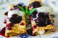Paleo Berry Breakfast Crepes - Try with other fruits or fillings or sweeteners.
