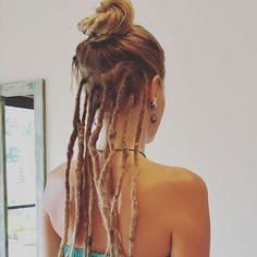 Half / Part Dreadlocks via Half Dreads, Partial Dreads, Short Dreads, Dreadlock Styles, Dreads Styles, Hair Styles, White Girl Dreads, Dreads Girl, Dreadlock Hairstyles
