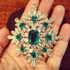 Gorgeous vintage brooch with emeralds once owned by Napoleon!