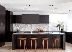 46 Luxurious Black White Kitchen Design Ideas - About-Ruth Home Kitchens, Kitchen Renovation, White Kitchen Design, Kitchen Furniture, Kitchen Marble, Home Decor Kitchen, Kitchen Interior, Interior Design Kitchen, Home Decor