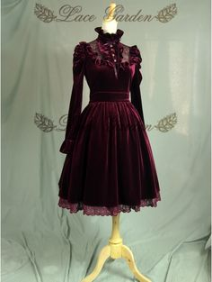 WINE RED LONG SLEEVES GOTHIC VICTORIAN STYLE LOLITA DRESS £89.00