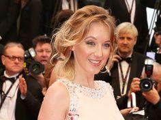 Ludivine Sagnier, sa coiffure chignon faussement négligé à Cannes