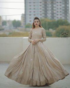 Designer Anarkali Dresses, Designer Gowns, Pakistani Dress Design, Pakistani Dresses, Pakistani Suits, Anarkali Suits, Casual Dresses, Dresses For Work, Formal Dresses