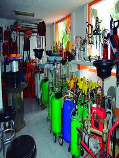En Serretecno contamos con el mejor equipo que puede utilizar para equipar su taller