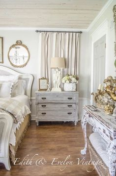 20 Inspiration With Curtain Country Bedroom shabby chic decor, bedroom country, vintage country bedroom, country home bedroom, country bedrooms ideas farmhouse decor country French Country Bedrooms, French Country House, French Country Decorating, French Master Bedroom, Bedroom Country, Country Farm, Vintage Country, Country Chic, Country Living
