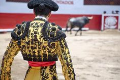 Corrida, wine and sun - that's Spain! See most important places and eat best local dishes. Plan your trip with Tripbucket!