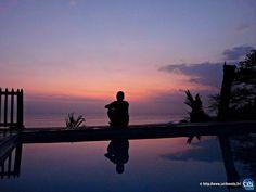 Séjour linguistique à Bali avec le CEI  #Bali #Indonesia #CEI #voyage #travel #colonie #sejourlinguistique #holiday #paradise #summer #sunset #heaven #pink #violet #purple #shadow #water