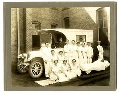 The very first ambulance and ambulance crew in Little Rock, 1915. No names are listed. AHC1904