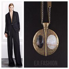 85 отметок «Нравится», 2 комментариев — EJI.FASHION – Bijoux de Luxe (@eji.fashion) в Instagram: «В Индии лунный камень называется джандаракандом, что в переводе означает «лунное сияние». Он…»