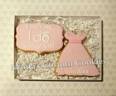 These custom cookies are a deliciously fun way to make asking someone to be in your wedding party even more special.  #weddingparty #wedding #weddingfun #weddingdress #sayyes #weddingfavors #weddinggift #maidofhonor #bridesmaid #bridesmaids engagement #emgagementring #engagementfavors #engagementfun #engagementcookies #weddingcookies #weddingcookiebar  #bride #groom