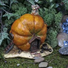 Fairy Garden Pumpkin Cottage-have to wait until all those carvable faux pumpkins are on sale at the end of the season