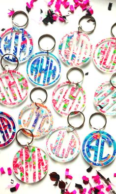 Lilly pattern monogram keychain