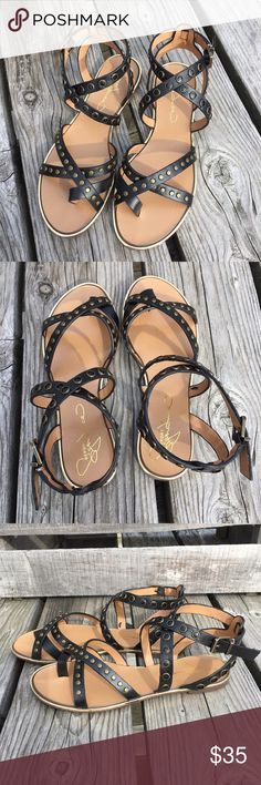 🆕List! Black Leather Gladiator Sandals! NEW! Vegan leather thong gladiator sandals. Bronze studs and grommets cover the leather straps. Gold trim at sole. Adjustable buckle closure. Size 6. New in box. Report Signature Shoes Sandals