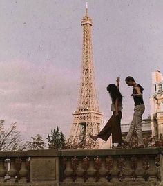 mon amour amazing Tagged with aesthetic couple eiffel tower love paris vintage Couple Aesthetic, Aesthetic Vintage, Aesthetic Photo, Travel Aesthetic, Aesthetic Pictures, Aesthetic Grunge, Aesthetic Collage, From Dusk Till Down, The Love Club
