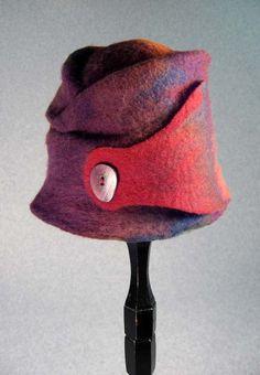 Felt Hat with nut slice button