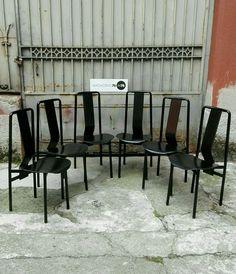 Set di 6 sedie zanotta in cuoio e ferro. Design Castiglioni Marcate sotto la base Buone condizioni generali #magazzino76 #milano #M76 #nolo #viapadova76 #design #industrialdesign #furniture #modernariato #antiquariato #vintage  #anni70 #sedie #chair #Zanotta #cuoio #anni80 #castiglioni