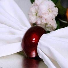 Red Napkin Rings (Acrylic) - Set of 4 Red Wedding Decorations, Wedding Centerpieces, Blue Tablecloth, Wedding Supplies Wholesale, Acrylic Set, Plastic Dinnerware, Wedding Place Settings, Diy Wedding, Blue Wedding