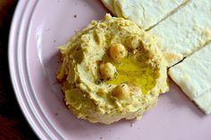 フムスってお料理、ご存知ですか?イスラエルのお料理なんですけど、わたしはこのお店CICADAの、ひよこ豆のディップが忘れられなくて、、、これとおビールがさいっ…