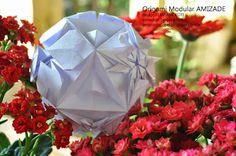 ORIGAMI MODULAR AMIZADE, design Flaviane Koti http://terapiadopapel.blogspot.com.br/2013/10/origami-modular-amizade-design-flaviane.html
