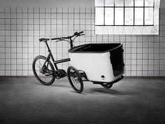 MK1 tilt-action cargo bike by Butchers + Bicycles in Copenhagen's meatpacking district.