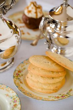 Shrewsbury biscuits (sometimes called Shrewsbury cakes) are classic British butter cookies with a totally unique flavor profile.        I baked Shrewsbury bi...