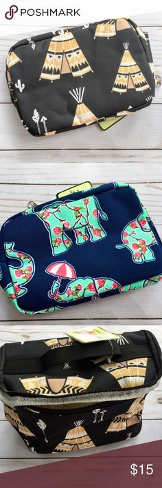 """•Pop Up Makeup Bags• Cute makeup bags that is perfect for the gal on the go. The length is 9"""" & width is 6"""" ❤️ Makeup"""