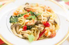 清炒鮮蝦滑菇義大利麵食譜、作法 | 娜塔 Nata的多多開伙食譜分享