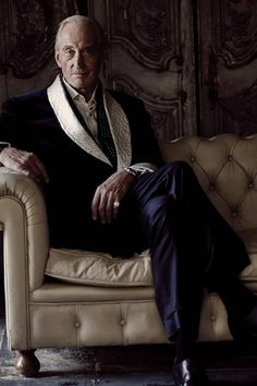 suit makes the man — Charles Dance for The Rake Magazine Mode Masculine, Yeezy Fashion, Mens Fashion, Dandy, Charles Dance, Best Leather Jackets, Magazine Man, British Actors, Gentleman Style