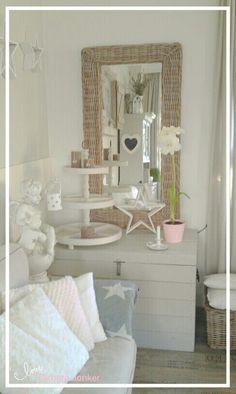 Living room by Tamara Jonker # stars # pink & grey # etagere # home decorations # cozy # rattan # inspirations # landelijk wonen # sfeerhoekje