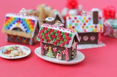 PetitPlat Miniatures by Stephanie Kilgast: Gingerbread House Pendants (more of them!!) (the i...