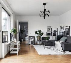 """9,538 Likes, 41 Comments - Scandinavian Homes (@scandinavianhomes) on Instagram: """"Frögatan 6, Solna 66 kvm, 2,5 rok Styling @scandinavianhomes Foto @patrik_jakobsson För Alexander…"""""""