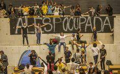 Após pressão e manobra de tucanos, Assembleia cria CPI da merenda - 10/05/2016 - Cotidiano - Folha de S.Paulo