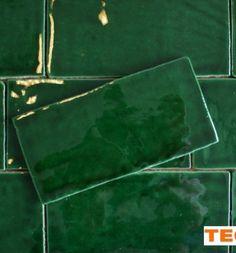 Tegeldeal.nl   Esmerald Green / diep groen, 7,5x15 cm, handvorm wandtegel
