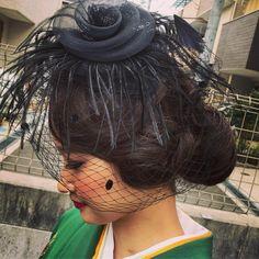 """Akiko Umezaki on Instagram: """"@maricherio4 卒業式。 袴の着付けとヘアメイクをさせてもらいました。 フィンガーウェーブでクラシカルにレトロな雰囲気に仕上げました✴︎ めちゃかわっ❤︎ 卒業おめでとうございます!! ・ #ヘアメイクaki ・ ・ #ヘアメイク #袴ヘア #フィンガーウェーブ…"""" Dreadlocks, Instagram, Hair Styles, Pear, Beauty, Hair Plait Styles, Hair Makeup, Hairdos, Haircut Styles"""