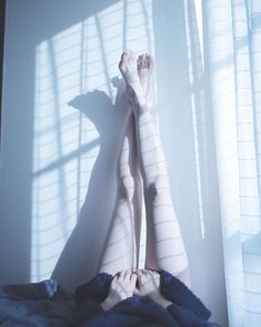 That's a good leg right there Pale Aesthetic, Daddy Aesthetic, Nude Photography, Portrait Photography, Arte Emo, Korean Boys Ulzzang, Pale Skin, Girl Body, Human Body