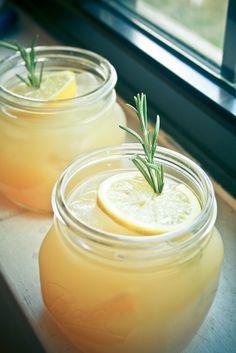 Best Rosemary Peach Lemonade Recipe on Pinterest