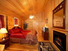 Pigeon Forge, TN: Amazingly ROMANTIC cabin located in the Hidden Springs Resort, just 5 minutes from Dollywood and Pigeon Forge?less than 15 minutes to Gatlinburg! The ...