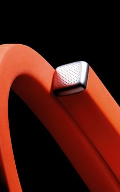 Jawbone UP24: Looks like Jawbone finally caught up to FitBit (a few years too late).