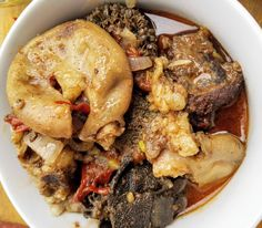 Beef tripe or Offals contains cow intestines, lungs and other parts of a cows insides. Today, we are going to learn how to cook offals Tripe Recipes, Beef Steak Recipes, Mince Recipes, Cooking Recipes, Cooking Ideas, Zambian Food, Dry Beans Recipe, African Cuisine, Mocha