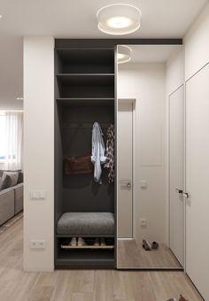 Idee Interior design - Ingresso Entrance ideas, home decor Closet Mirror, Hallway Closet, Sliding Closet Doors, Master Closet, Mirror Door, Home Entrance Decor, Entrance Design, Hall Design, House Entrance