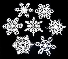 Want to learn how to make paper snowflakes?  Here are a few easy designs to make your home more festive for Christmas.