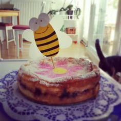 Gute-Laune-Topfen-Beeren-Torte