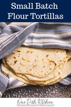 Skip the store and make a small batch of fresh homemade tortillas with this easy flour tortilla recipe. Better than store-bought, these flour tortillas are made with pantry staples and can be ready in minutes. Cooking For One, Batch Cooking, Meals For One, Cooking Recipes, Cooking Tips, Freezer Recipes, Freezer Cooking, Quick Recipes, Bread Recipes