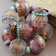 Magma-Beads-Festive-Sparkle-Minis-Handmade-Lampwork-Beads