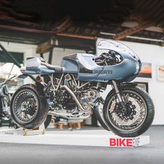 Gareth Roberts' lightweight Ducati MH900. Built by Red Max Speed Shop and displayed on the Bike EXIF stand at the 2017 Bike Shed show in London.