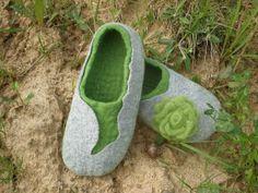 Women slippers GREEN LIFE by LittleWoollySheep on Etsy