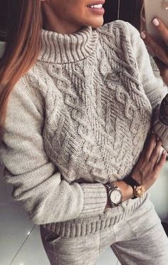 20 most fashionable sweaters - knitting patterns Cable Knitting Patterns, Knit Patterns, Winter Sweaters, Cardigans For Women, Pulls, Knitwear, Knit Crochet, Ideias Fashion, Style Fashion