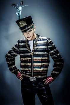 TOP (Choi Seung Hyun) ♡ *If he were my drum major, I'd never have to do push-ups again