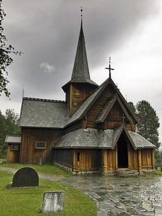 Norwegian church.  Looks like one in Moorhead, MN  at the Hjemkomst